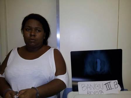 Carla Cristina foi levada para a Cadeia Pública Joaquim Ferreira de Souza Foto: Reprodução